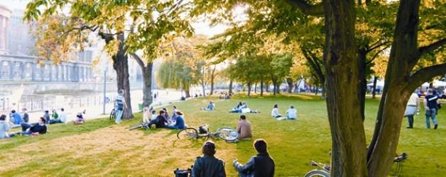What's new ♥ Il verde sopra Berlino (by Vanity Fair)