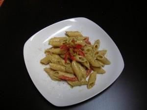 penne pesto di pistacchi e pomodoro
